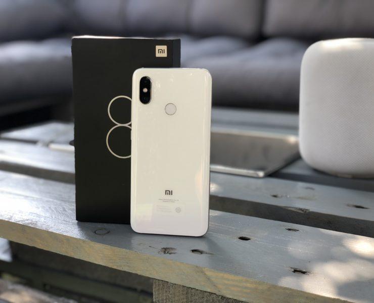 Xiaomi Mi 8 rozpakowanie