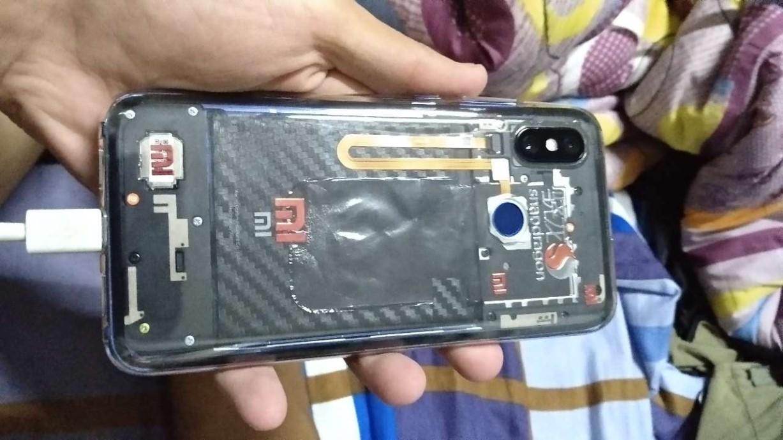 Il fan di Xiaomi ha convertito il suo Mi 8 standard in Mi 8 Explorer Edition