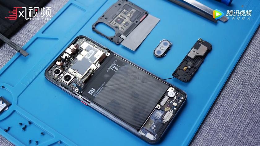 Xiaomi Mi 8 Explorer Edition dismantled for parts
