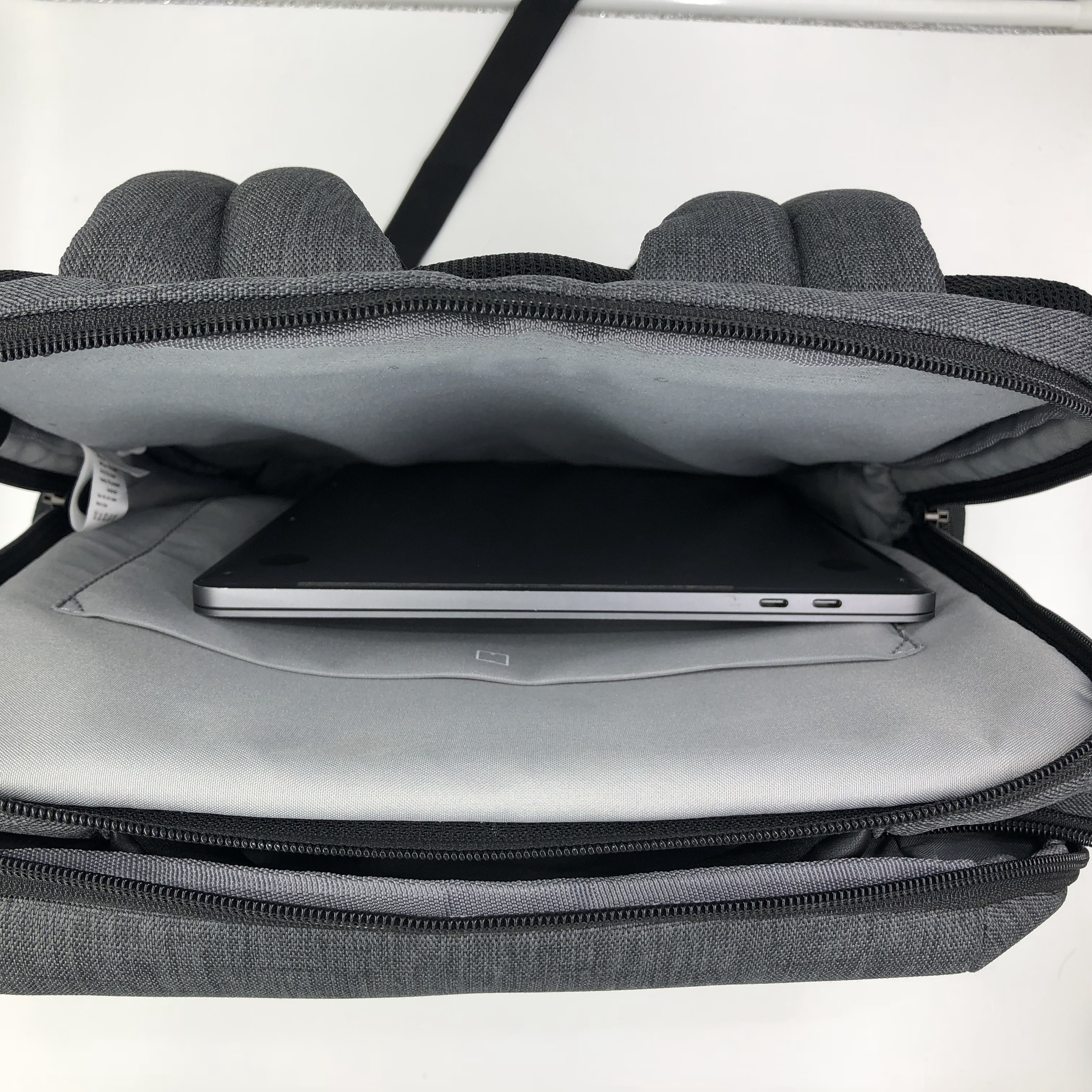 Xiaomi Commuter - Xiaomi backpack with a detachable shoulder bag