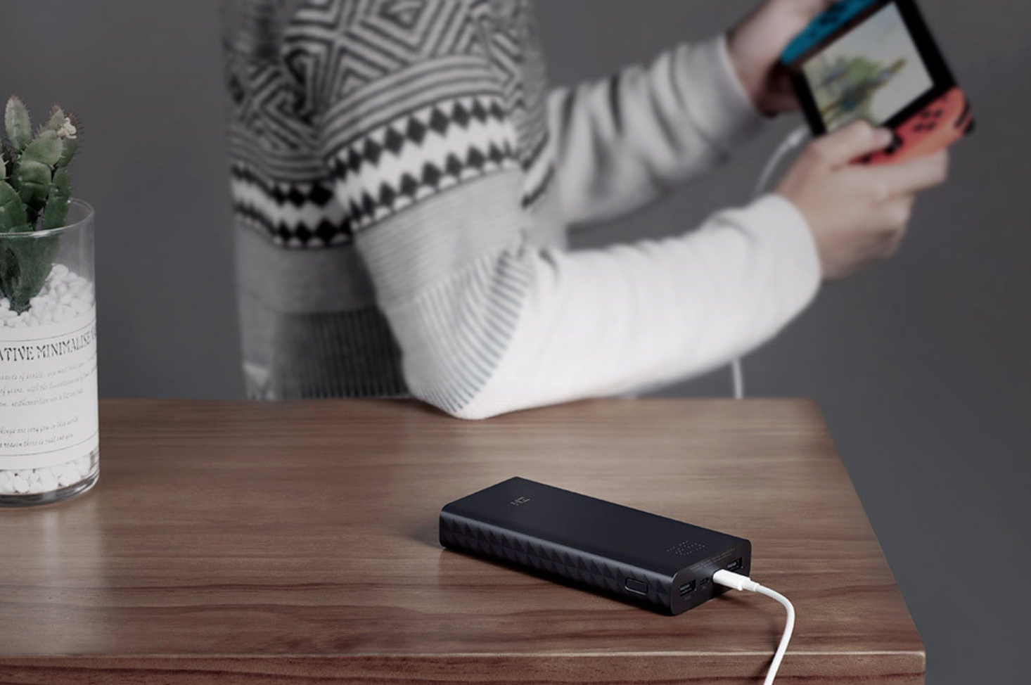 ZMI Aura powerbank 20000 mAh supporting Quick Charge 4.0