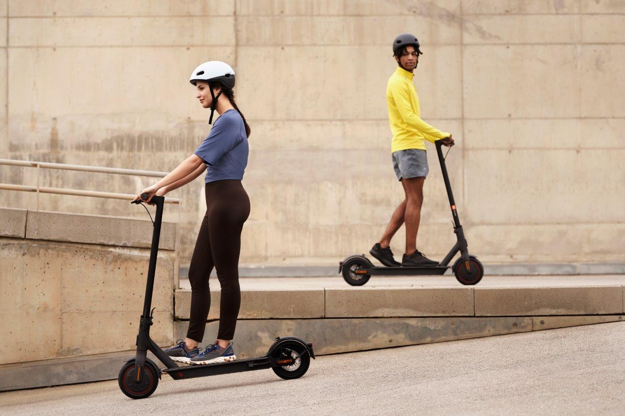 Mi-Electric-Scooter-Pro-2
